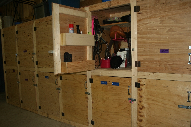 New Tack Room with Lockers